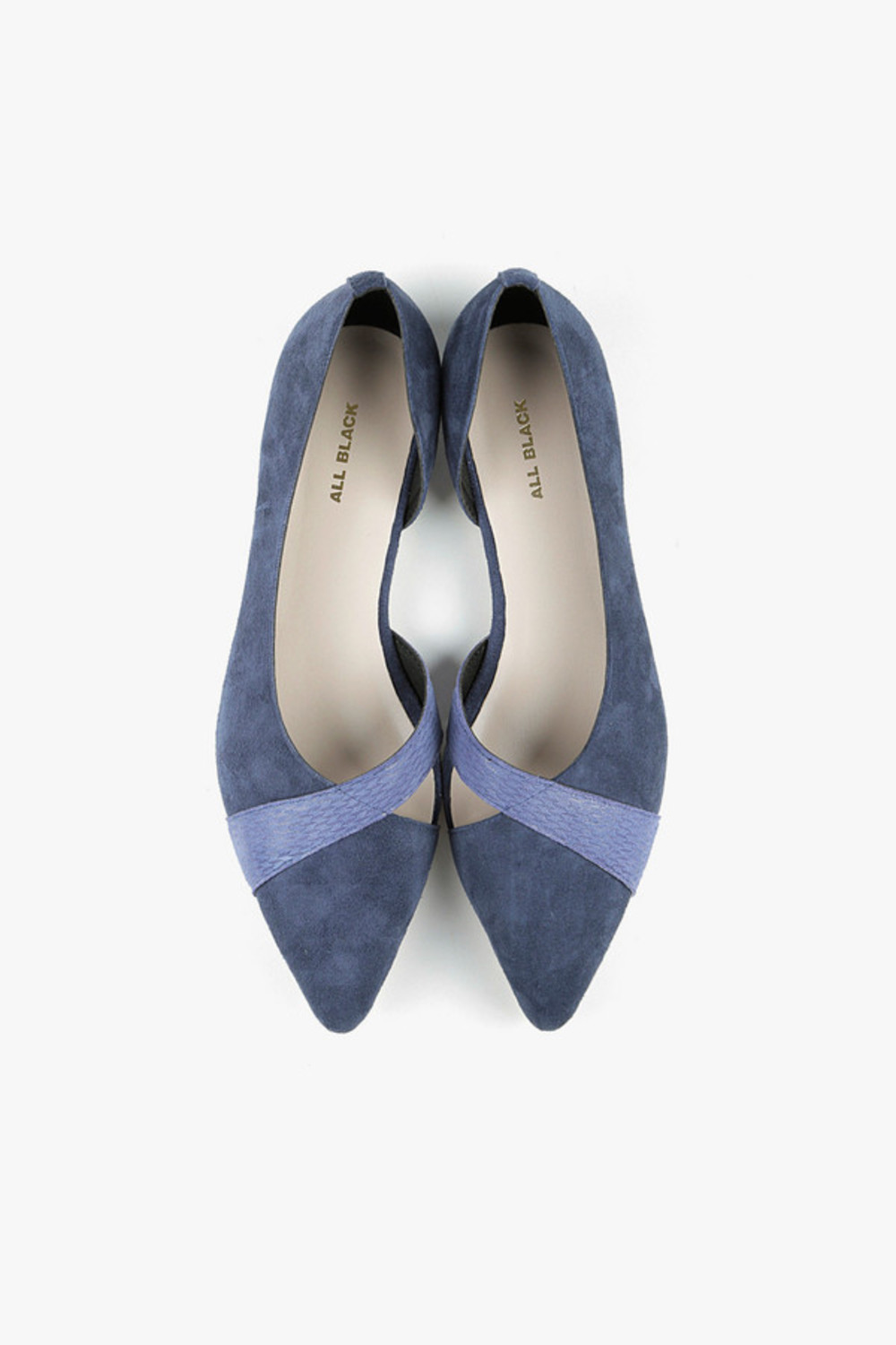 Stitching Pointed Flats