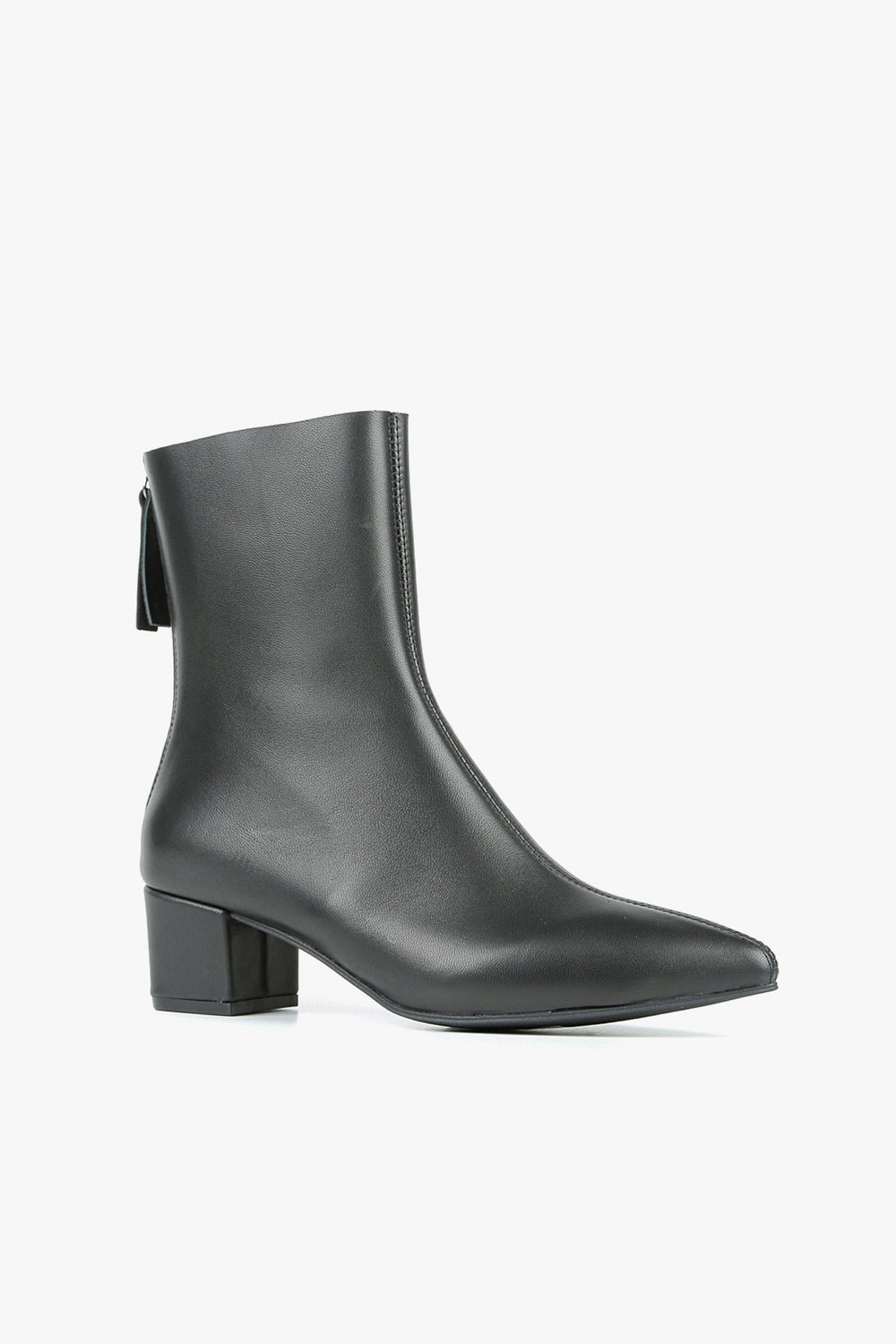 Sheepskin Pointed Boots